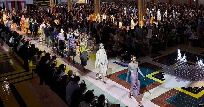 Prada Fall/Winter 2020 ไลฟ์สดจาก Milan Fashion Week