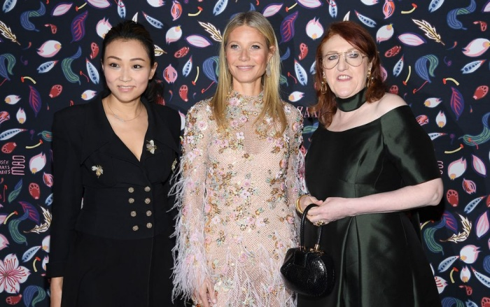 Veronica Chou, Gwyneth Paltrow และ Glenda Bailey ที่งาน Harper's BAZAAR: First in Fashion